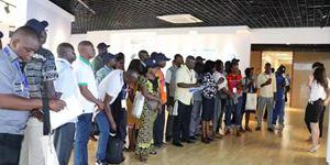 商务部中非及布基纳法索研修班学员到访yabo01生物参观交流